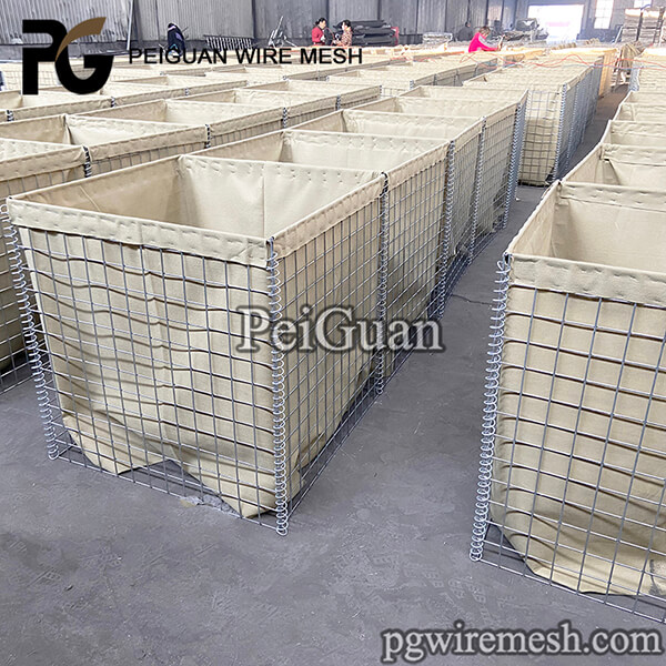 China Factory Supply Hesco Bastion MIL 3 Galvanized Military Defensive Barrier Welded Hesco Barriers Price