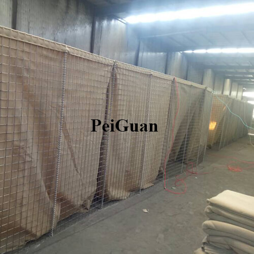 Welded Gabion Military Barrier Lined With Heavy Duty Geotextile Sand Barrier Manufacturer in China