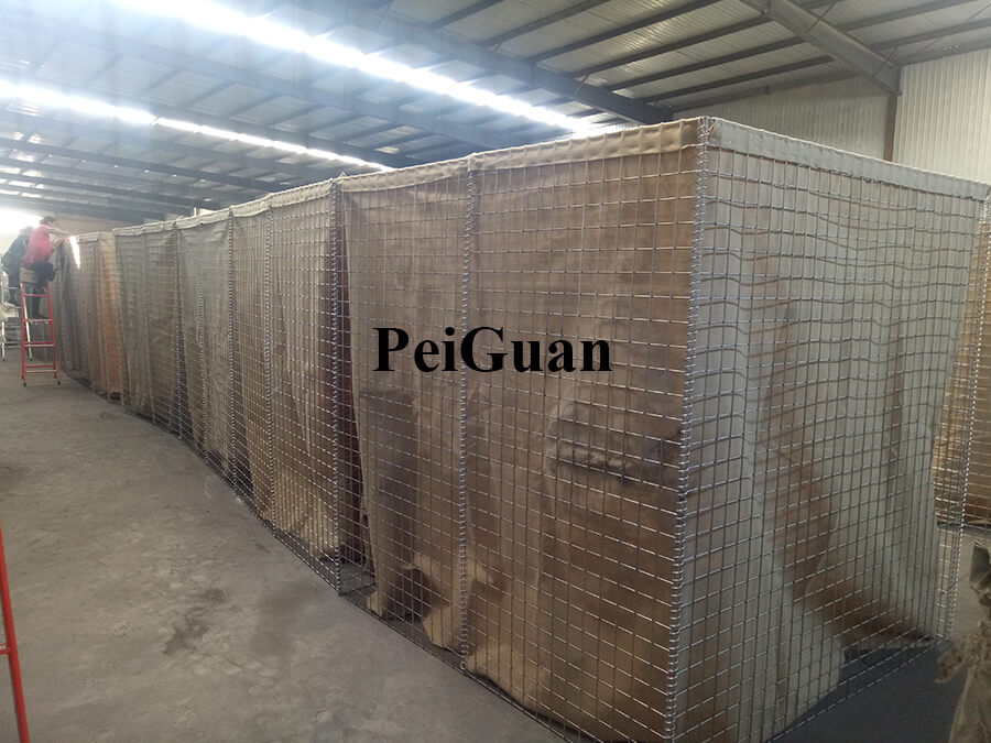 Welded Gabion Military Barrier Lined With Heavy Duty Geotextile Sand Barrier Manufacturer in China.